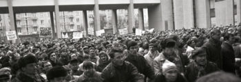 January 8, 1991: Pro-Moscow Protest Attempts to Break Into Parliament