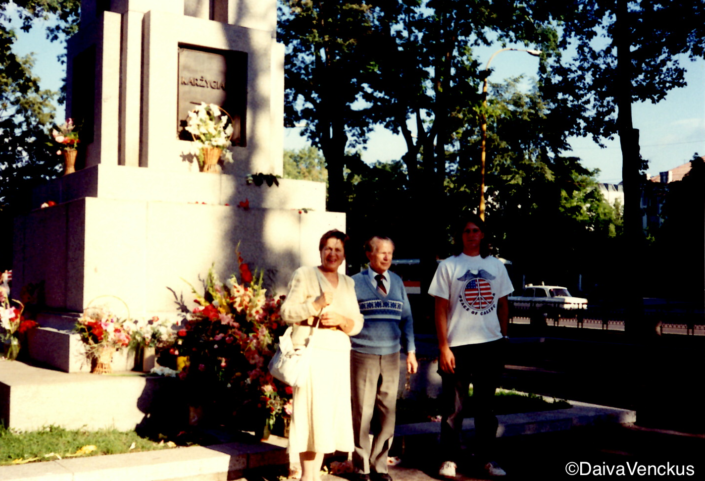 Chapter 12: Birutė, Granda and Vitas in Kaunas at the Freedom Statue